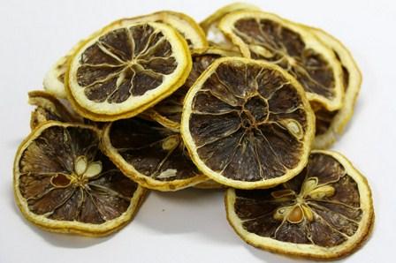 buah yang membusuk
